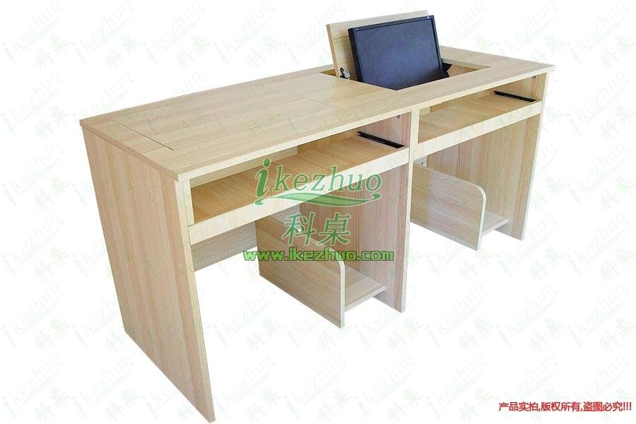 双人位翻转电脑桌K185产品名称双人位翻转电脑桌产品型号K185产品尺寸1800600760mm产品材质密度板、夹板产品颜色暖白色(有其他颜色可选)板材厚度18mm(面板可加厚)开孔尺寸480x380mm(19寸)可装显示器19寸液晶屏显示器科桌翻转电脑桌主要应用于各种大型会议室,学术报告厅